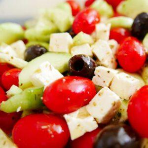 https://pixabay.com/de/photos/griechenland-griechischer-salat-2913362/